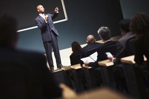 Публичное выступление или как правильно работать с текстом доклада